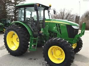 tracteur John Deere 6130D