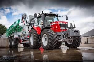 tracteur Massey Ferguson 1024