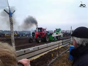 tracteur Massey Ferguson 1135