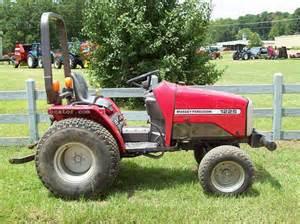 tracteur Massey Ferguson 1225