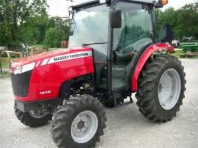 tracteur Massey Ferguson 1648