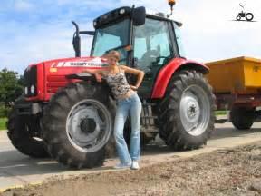 tracteur Massey Ferguson 3525