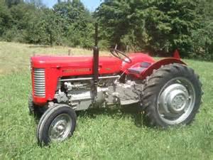 tracteur Massey Ferguson 543