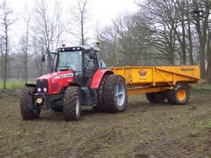 tracteur Massey Ferguson 592
