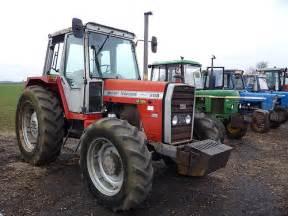 tracteur Massey Ferguson 698