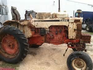 tracteur Case 741