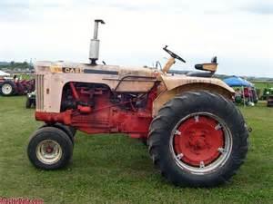 tracteur Case 803-B