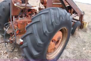 tracteur Case 812-B