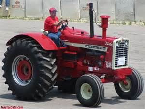 tracteur IH 1206