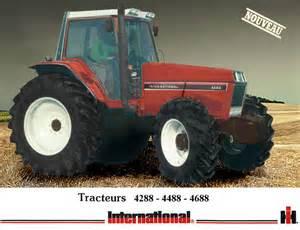 tracteur IH 140