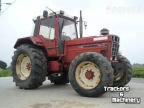 tracteur IH 1455