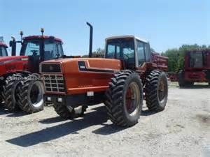 tracteur IH 3588