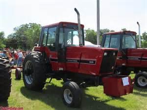 tracteur IH 3688