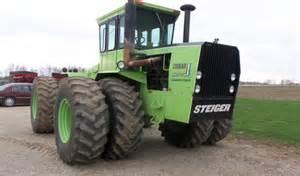 tracteur IH 385
