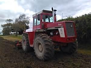 tracteur IH 4156