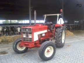 tracteur IH 453