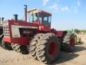 tracteur IH 4568