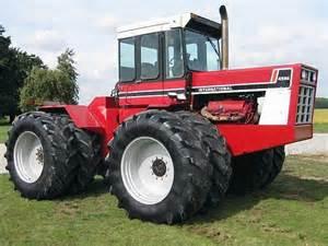 tracteur IH 4586