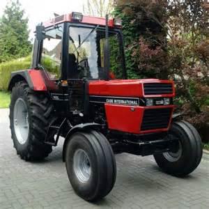 tracteur IH 685