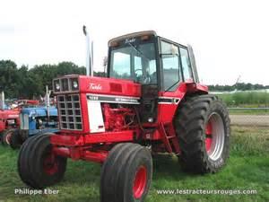 tracteur IH 724