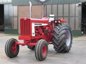 tracteur IH 806