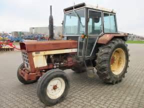 tracteur IH 844