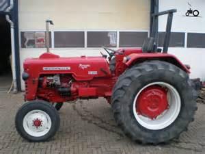 tracteur IH D-439