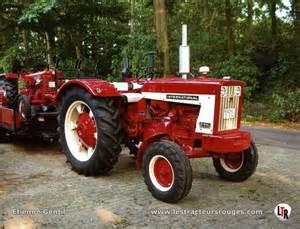 tracteur IH FARMALL