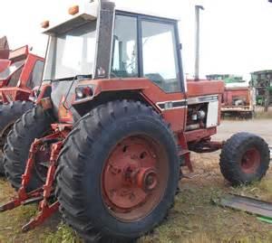 tracteur IH HYDRO 186