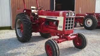 tracteur IH HYDRO 70
