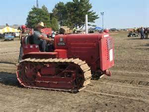 tracteur IH T-35