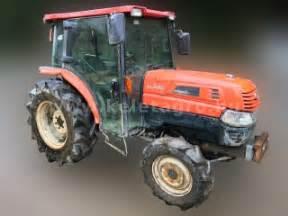 tracteur Kubota KL330