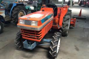 tracteur Kubota L1-285