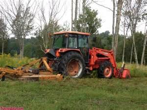 tracteur Kubota M120