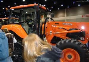 tracteur Kubota M125A