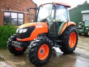 tracteur Kubota M6040