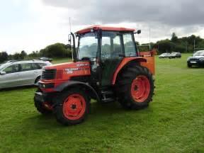 tracteur Kubota MZ60