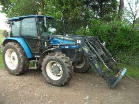tracteur New Holland 6635