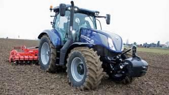 tracteur New Holland T4030V
