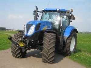 tracteur New Holland T6030 PLUS