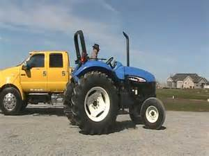 tracteur New Holland TB100