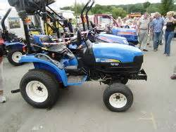 tracteur New Holland TC21DA