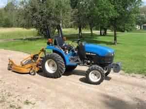 tracteur New Holland TC25