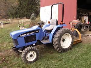 tracteur New Holland TC30