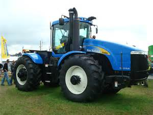 tracteur New Holland TJ530
