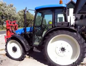 tracteur New Holland TN65