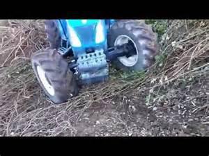 tracteur New Holland TN85A