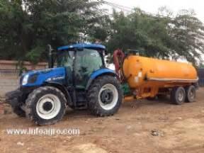 tracteur New Holland TS110A