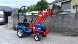 tracteur New Holland TZ21D