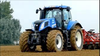 tracteur New Holland TZ25DA